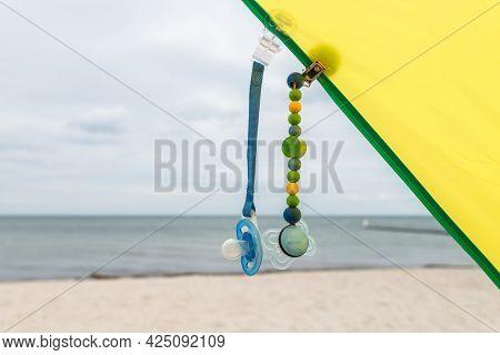 Dummies On Dummy Chains On The Beach