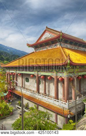 The Entrance Hall To The Kek Lok Si Temple In Penang Malaysia On A Sunny Blue Sky Day.