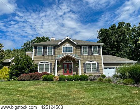 Single Family Suburban House In New Jersey.