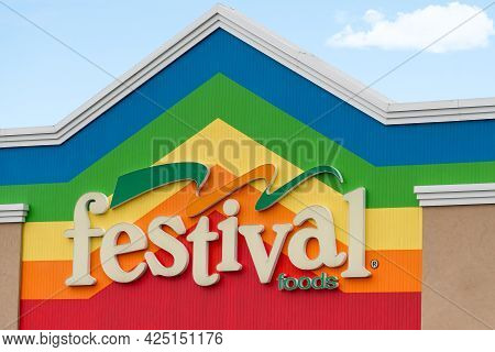 Festival Foods Retail Grocery Store Exterior And Trademark Logo