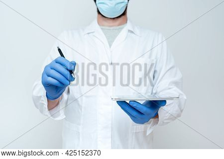 Scientist Demonstrating New Technology, Doctor Giving Medical Advice, Chemist Science Lectures Discu