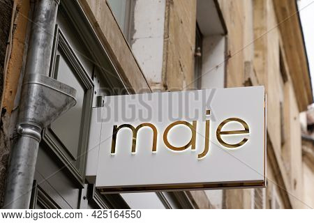 Bordeaux , Aquitaine France  - 06 20 2021 : Maje Logo Brand Boutique And Text Sign Clothing Store Fr