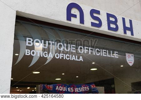 Beziers , Ocitanie France  - 06 25 2021 : Asbh Boutique Logo Brand And Text Sign Of Association Spor