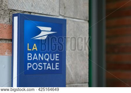 Sète , Ocitanie France  - 06 25 2021 : La Banque Postale Signboard Blue Logo Brand And Text Sign Off