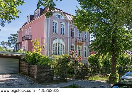 Berlin, Germany - June 3, 2021: One Of The Preserved Villas In The Settlement Nikolassee, District,