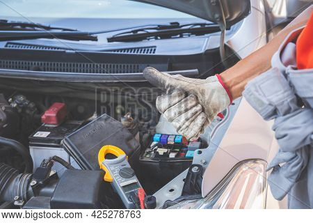 Technician Man Giving Thumb Up After Checking Engine, Car Repair And Maintenance Concepts