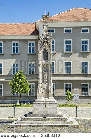Alba Iulia, Alba, Romania -  May 11, 2021: Ludwig Losy Von Losenau Monument In Citadel Of Alba Iulia