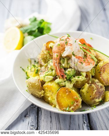 Potato Salad With Avocado And Prawns