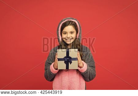 Shopping Time. Happy Childhood. Shopping Gift For Holiday. Christmas Or New Year. Cute Kid In Fluffy