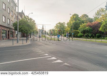 Gorzow Wielkopolski, Poland - June 1, 2021: Street In Gorzow Wielkopolski At Sunrise Time.