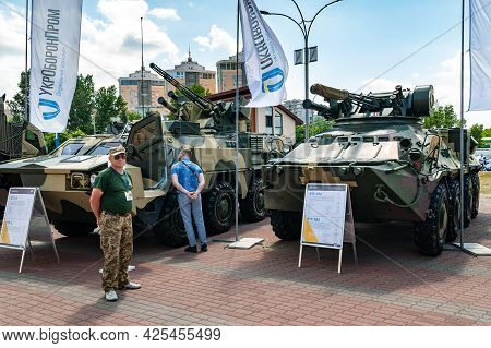 Armored Personnel Carriers. Armored Personnel Carrier Btr-3da And Btr-4 At The International Exhibit