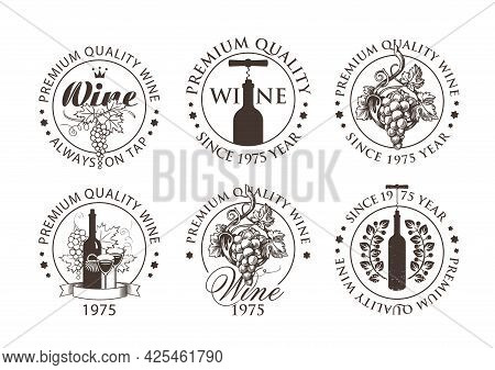 Set Of Black And White Emblems, Labels, Badges, Round-shaped Stickers For A Wine Store Or Winery. Ve