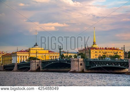 Beautiful Views Of St. Petersburg And The Neva River. City Attractions On Summer Sunny Day.