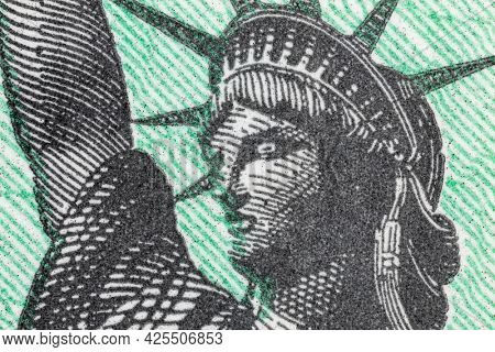 Close up view of the Statue of Liberty on a United States Treasury Check.