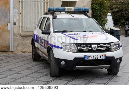 Sète , Ocitanie France  - 06 30 2021 : Police Duster Dacia White Car Police Official Vehicle French