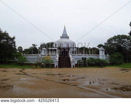 Anuradhapura, Sri Lanka - 05 Jan 2011: Lankarama Sthupa, The Temple In Anuradhapura, Sri Lanka