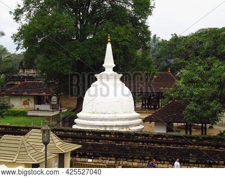 Kandy, Sri Lanka - 07 Jan 2011: Temple Of The Sacred Tooth Relic, Kandy, Sri Lanka