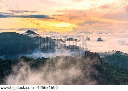 Morning Mist Viewpoint Baan Jabo, The Most Favourite Place For Tourist In Mae Hong Son Province Thai