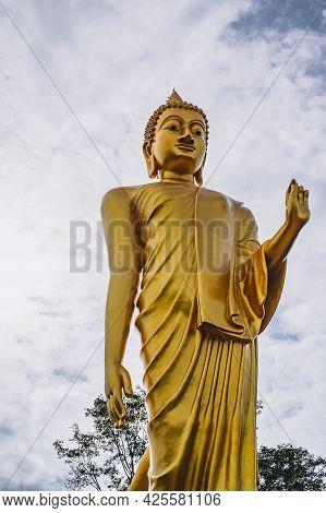 Phu Khok Ngio Big Buddha With Beautiful Blue Sky Background At Chiang Khan District Loei Thailand.ch