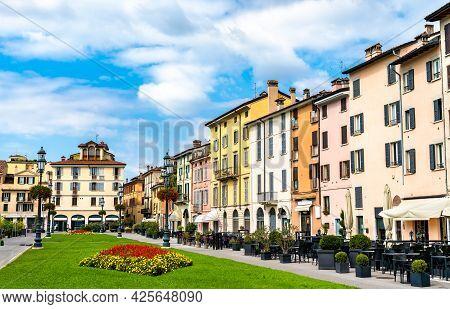 Piazzale Arnaldo In Brescia - Lombardy, Northern Italy