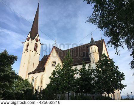 St. Joseph Catholic Parish Church In Abtwil-st. Josefen, Saint Gallen (römisch-katholische Pfarrei U