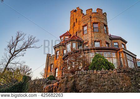 Essex County Kip S Castle Park, Nj - November 9, 2020: Kips Castle New Jersey, Usa.