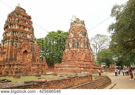Wat Mahathat Buddhist Temple, One Of The Most Important Historic Temples Within The Historical Site