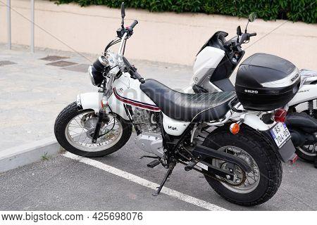 Sète , Ocitanie France  - 06 30 2021 : Suzuki Van Van Motorbike 125cc Parked In Street Vintage Retro
