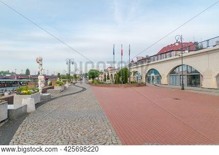 Gorzow Wielkopolski, Poland - June 1, 2021: Promenade At Warta River.