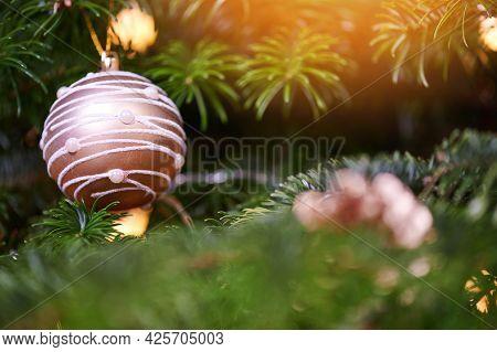 Hanging Ornament Christmas Ball