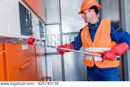 The Engineer Checks The Absence Of Induced Voltage On The High Voltage Cells
