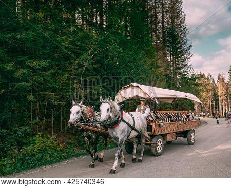 Tatra National Park, Poland - August 29, 2018: Man In National Traditional Polish Folk Ethnic Costum