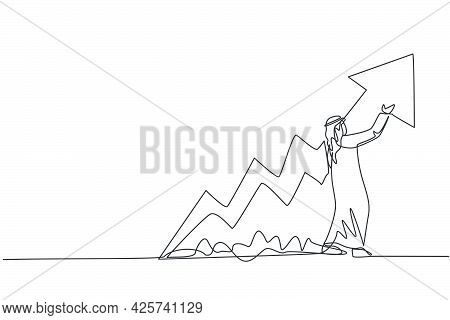 Single Continuous Line Drawing Of Young Arabian Businessman Reporting Increasing Financial Growth. B