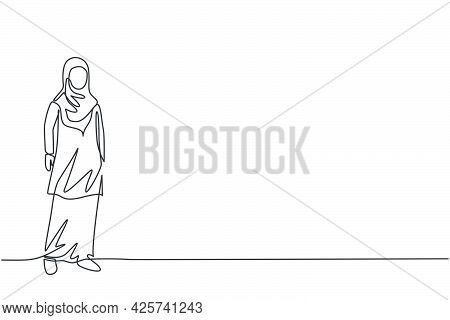 Single Continuous Line Drawing Of Young Beauty Arabian Pose Standing Elegantly. Professional Busines