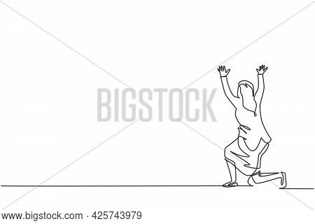 Single Continuous Line Drawing Of Young Beauty Businesswoman Kneel On The Floor Pose Hold Gesture. P