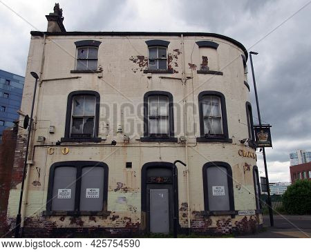 Leeds, West Yorkshire - 17 June 2021: The Derelict Crown Hotel Soon To Be Redeveloped As Part Of The
