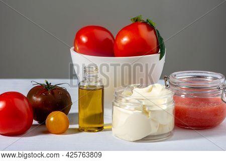 Organic Facial Mask Recipe: Tomatoes Pulp, Oil, Yogurt. Natural Home-made Cosmetic. Natural Diy Skin