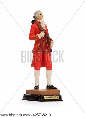 Souvenir Figure Of The Old Austrian Musician With A Violin. The Inscription Is The Name Of The Great