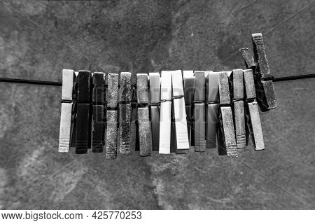 2021 06 13 Lessini Old And New Clothespins 1