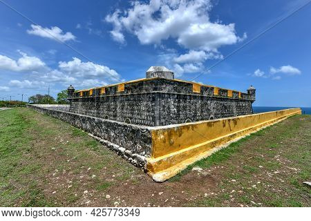 Fort Of San Jose El Alto (the High One), A Spanish Colonial Fort In Campeche, Mexico.