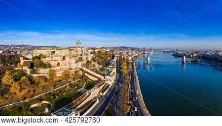 Budapest, Hungary panorama photo of Budavára and chainbridge .