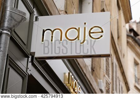 Montpellier , Ocitanie France  - 06 30 2021 : Maje Logo Brand Trendy Boutique And Text Sign Clothing