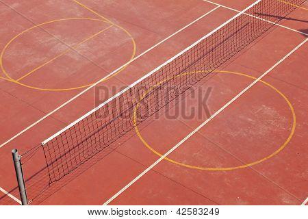 Tennis und Basketball-Spielplatz