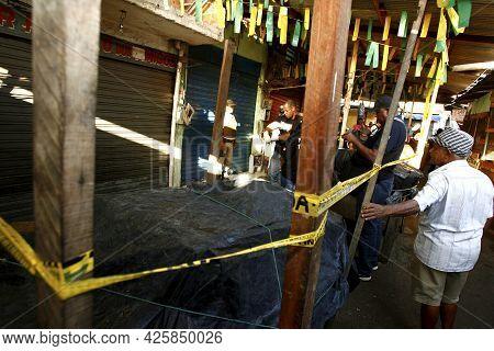..crime Scene In Salvador