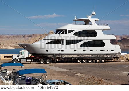 Lake Powell, Utah, Usa - October 31, 2014:  A Super Large Yacht Named Crystal Angel Ii Is Hooked Up