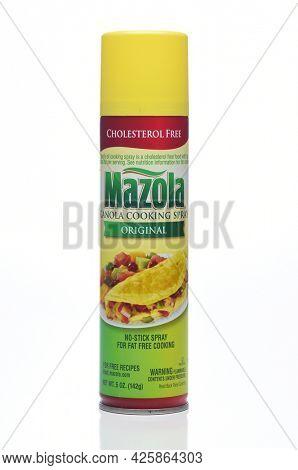 IRIVNE, CALIFORNIA - 4 JULY 2021: A can of Mazola Canola Cooking Spray.