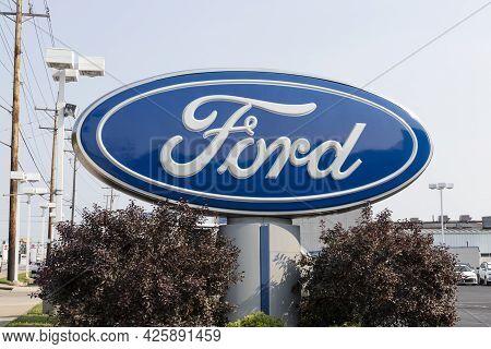 Cincinnati - Circa July 2021: Ford Motor Company Logo. Ford Manufactures The Mustang, Escape, Explor