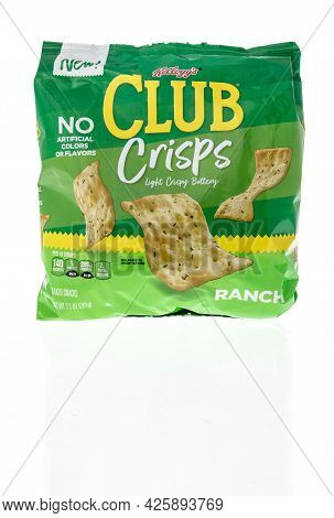 Winneconne, Wi - 5 July 2021:  A Package Of Kelloggs Club Crisps In Ranch On An Isolated Background