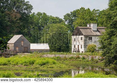 Sleepy Hollow, Ny - Usa - July 5, 2021: A Horizontal View Of Philipsburg Manor House And  Sprawling