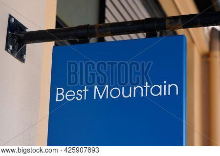 Montpellier , Ocitanie France  - 06 30 2021 : Best Mountain Sign Text Shop Clothing Logo Of Retailer